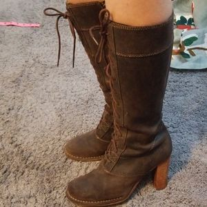Frye villager lace up boots